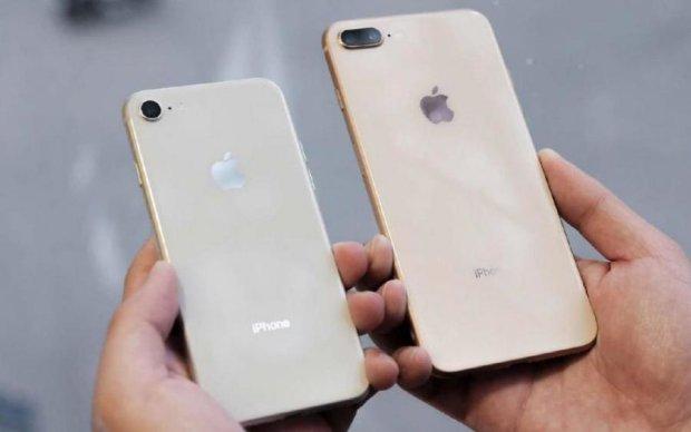 Старые смартфоны Apple сбросили iPhone X с пьедестала