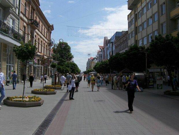Івано-франківців можуть залишити без води, жарти скінчилися: названа причина