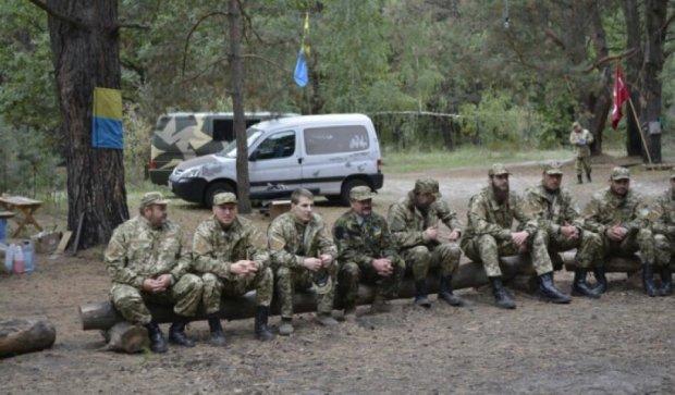 У Києві священики готуються поїхати в АТО (фото)
