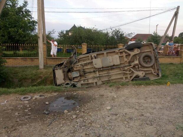 """На Прикарпатті судять горе-водія, який вбив сім'ю в ДТП - """"П'яний до втрати пам'яті"""""""