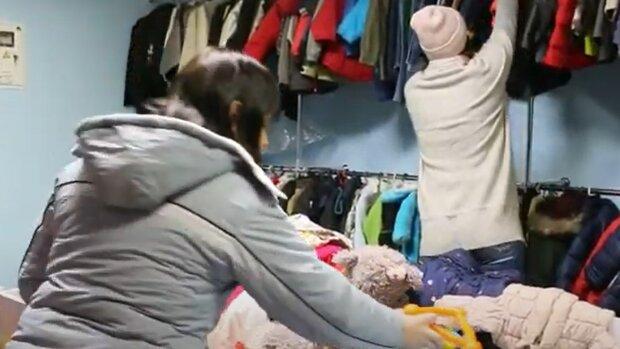 Соціальний магазин в Івано-Франківську, кадр з репортажу каналу 402: YouTube