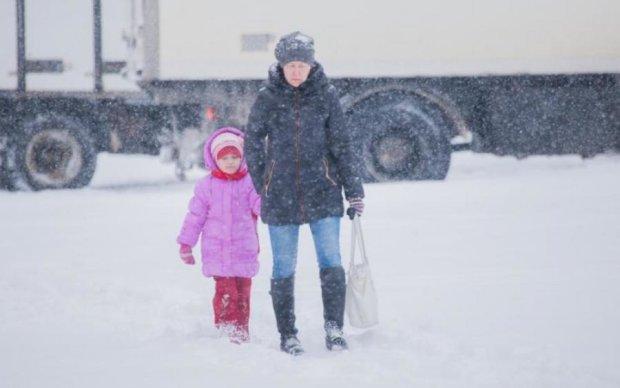 З'явилися перші жертви снігового жаху в Україні