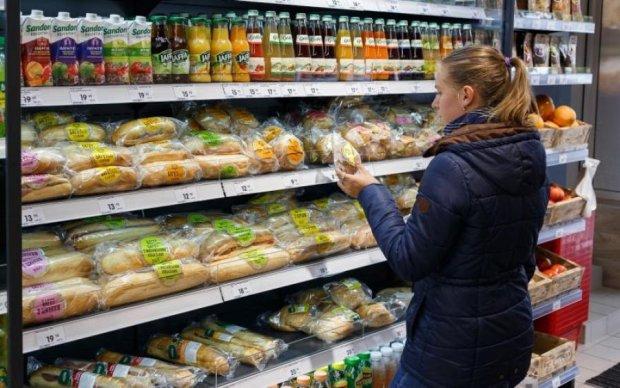 Не лише термін придатності: як нас дурять виробники продуктів