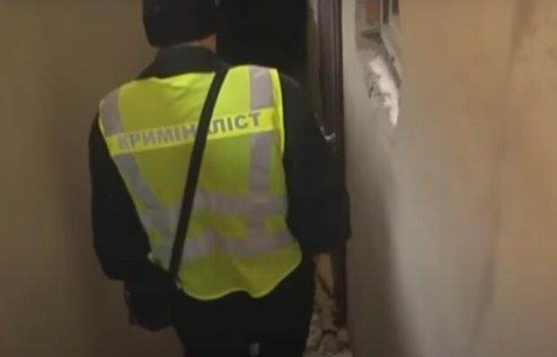 """На Тернопольщине задержали донецких """"гастролеров"""": подбирали ключи и выносили все ценности"""