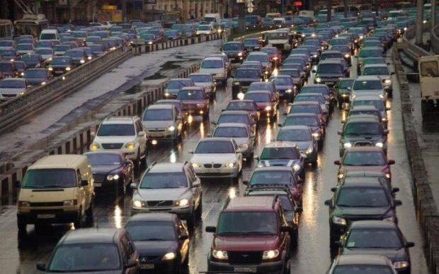 Штрафы за парковку и стоянку: все, что нужно знать о новых правилах на дорогах