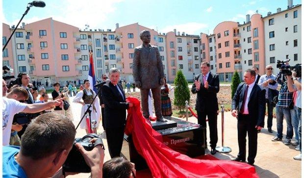 В Сербии открыли памятник человеку, с которого началась мировая война