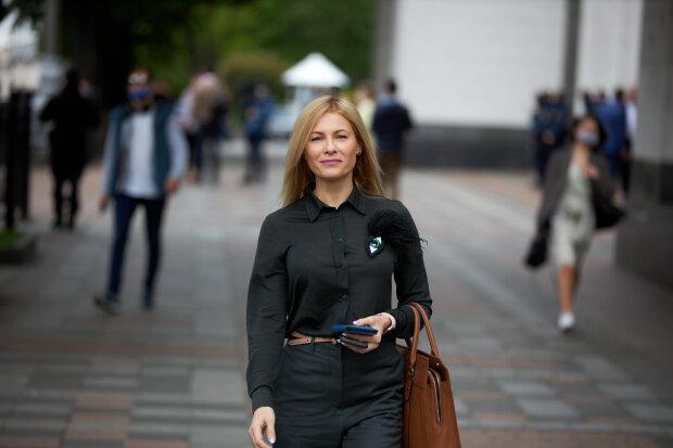 """Юлія Гришина - фото Політична партія """"Слуга Народу"""""""