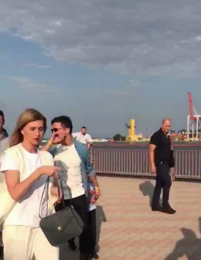 Зеленський приїхав посміятися до Одеси: президента зловили з дружиною і Поляковою, фото