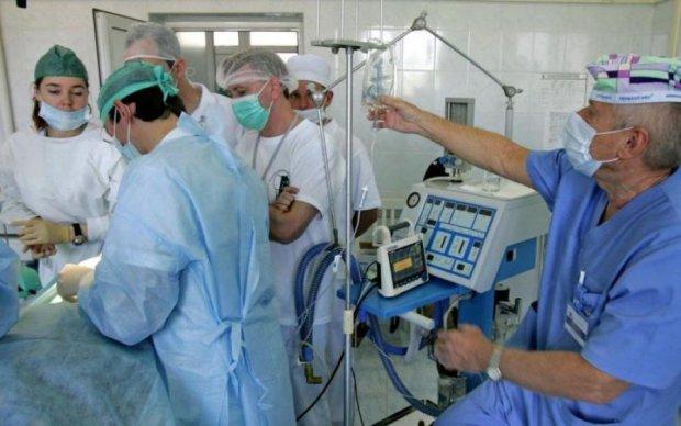 Вмирають тисячами: названо хвороби, які масово косять киян