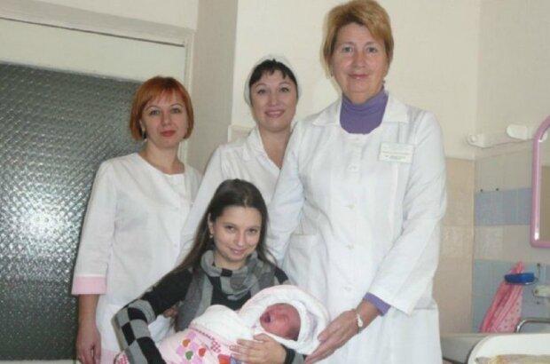 Людмила Самар в больнице, фото: Версии