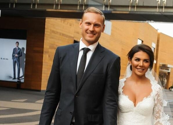 Анна Сєдокова назвала справжню причину шлюбу з баскетболістом