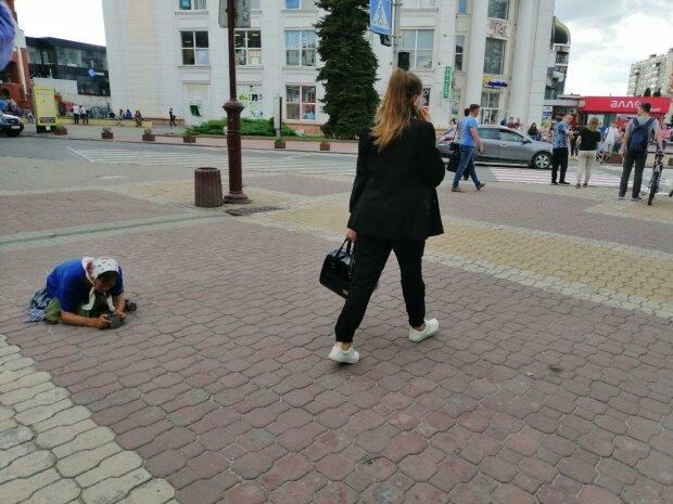 Жебрацтво, фото Знай.ua