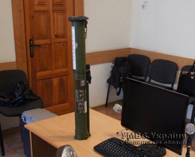 Волинського суддю попередили – подарували гранатомет