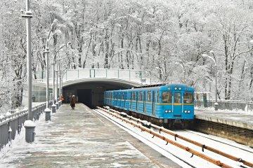 Будівництво метро на Виноградар зрушилось із мертвої точки: перші фото