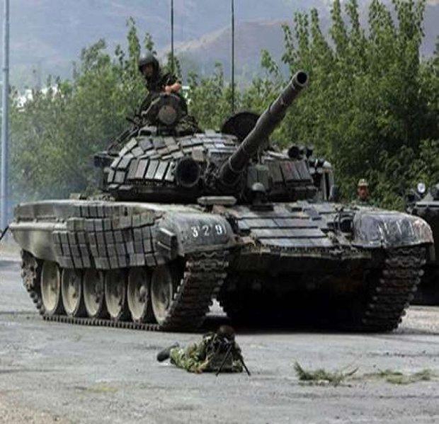 Боевики из танков обстреляли Пески и Водяное
