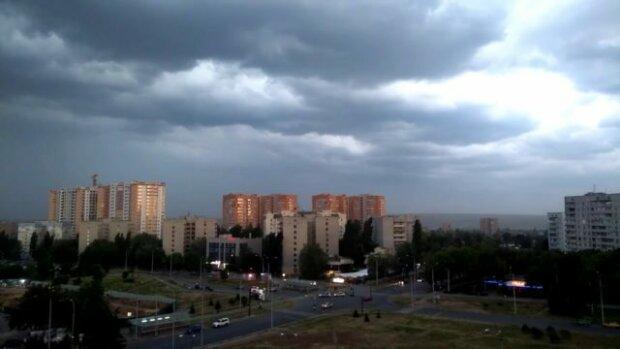 Харьков накроет облачным одеялом: неутешительный прогноз синоптиков на 29 сентября