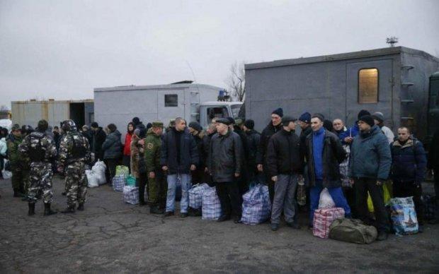 Британські ЗМІ пишуть про анонсований Медведчуком другий етап обміну полоненими