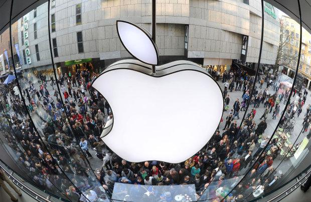 Слідами Facebook: Apple вляпалася в скандал з прослушкою, помилка дорого обійдеться