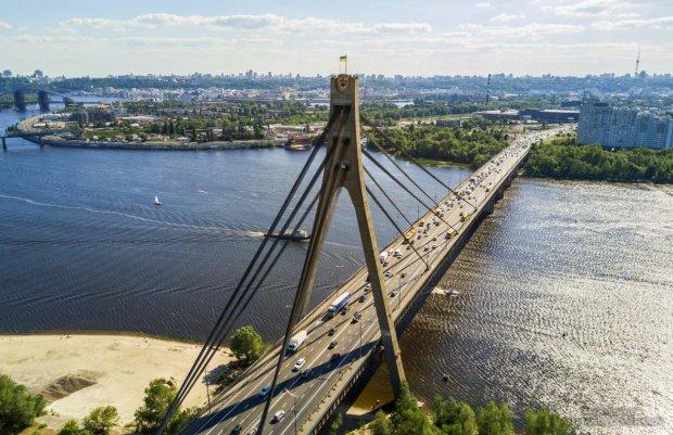 Водители, готовьтесь: в Киеве вслед за Шулявским закроют еще один мост