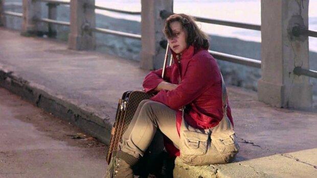 """кадр з фільму про українську заробітчанку """"Гніздо горлиці″"""