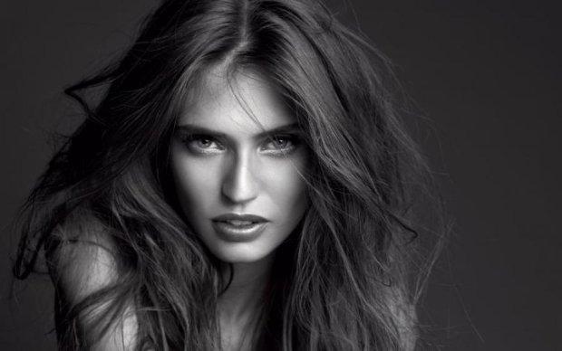 Гаряча штучка: добірка жарких фото найспокусливішої моделі Італії