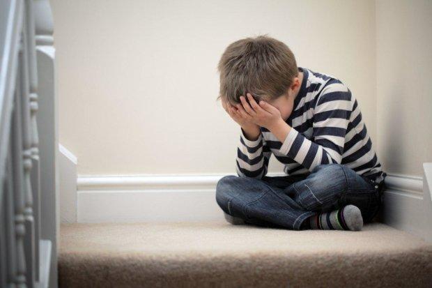 В Херсоне горе-отчим жестоко расправился с пасынком: авто оказалось дороже жизни ребенка