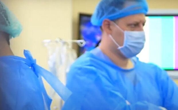 Медики, кадр з відео, зображення ілюстративне: YouTube