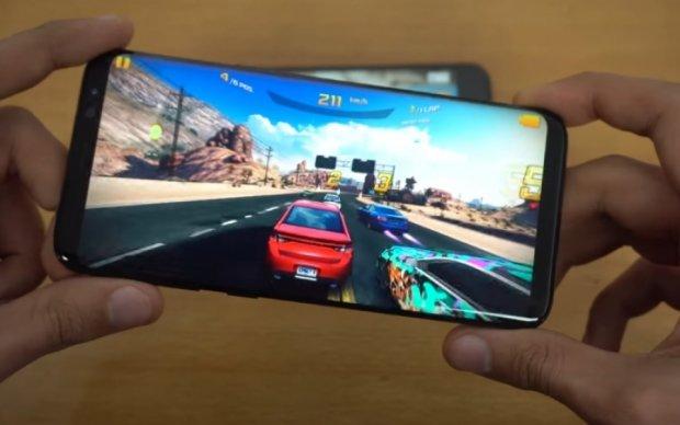 Продуктивність Galaxy S8 порівняли з iPhone 7 в іграх
