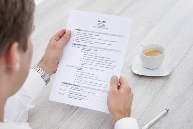 Как составить резюме: как правильно написать и образец