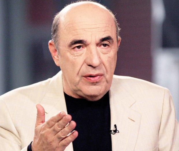Рабинович: Зеленский должен перестать запускать флэшмобы и заняться установлением мира