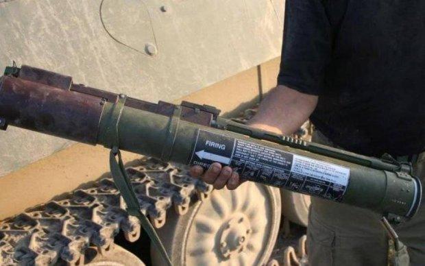 Неизвестные обстреляли из гранатомета полицейский участок в Ровно