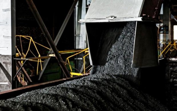 Ахметовский ДТЭК покупает уголь в России