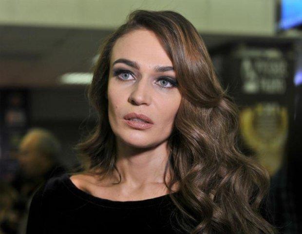 Водонаева отобрала все внимание Седоковой на ее же вечеринке: вернулась домой без лифчика