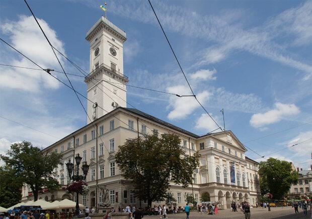 Прогрілися і вистачить: у Львові різко відключили опалення, що відбувається