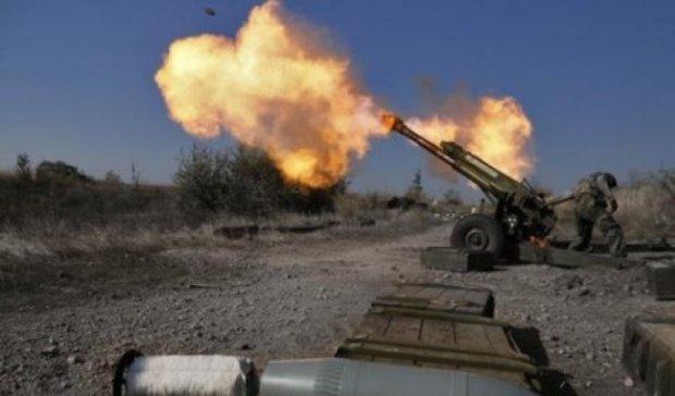Бойовики за день 40 разів обстріляли позиції сил АТО