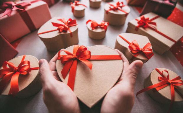 День святого Валентина 2020: топ лучших подарков на праздник