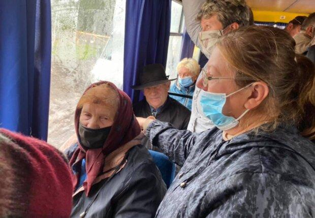 Пенсионерки шокировали заявлениями о Путине, фото: facebook.com/alina.dubovska