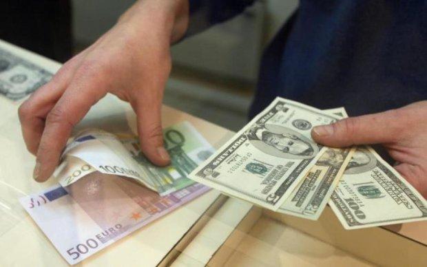 Курс валют: що чекає на українців у 2018 році