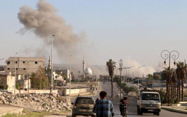 Асад сбросил химбомбы на Сирию: около сотни пострадавших