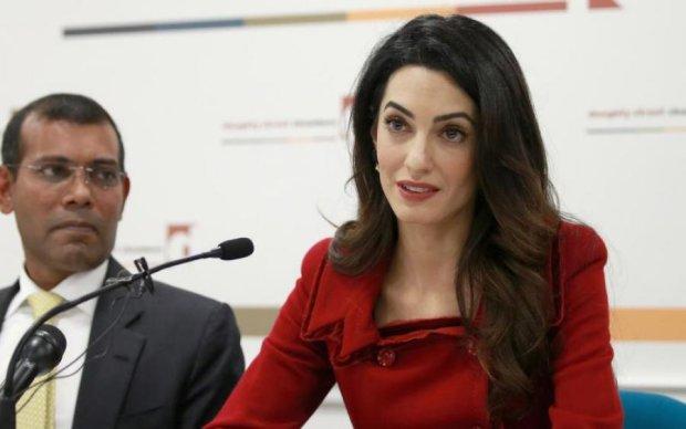 Такой ее еще видели! Фото супруги Джорджа Клуни обсуждает весь интернет