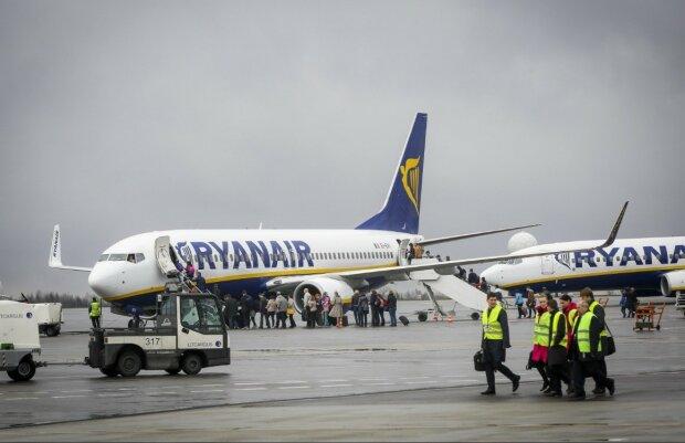 Ryanair запускає десятки нових рейсів з України: куди зможемо літати вже в 2020 році