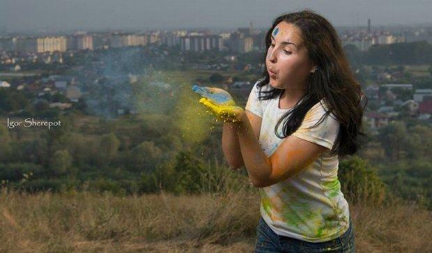 В Івано-Франківську небо пофарбують в патріотичні кольори (фото)