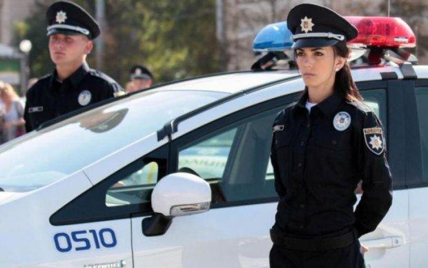 """Эффектно и эффективно: украинская полисвумен поймала преступника """"на себя"""""""