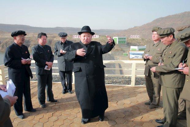 """""""Хорошо взяло"""": грибы Ким Чен Ына заставили лидера Южной Кореи сделать кое-что странное"""
