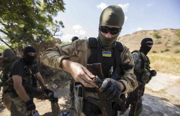 """В Украине впервые появится военная полиция: """"ВСУ отойдут и окопаются в тылу"""""""