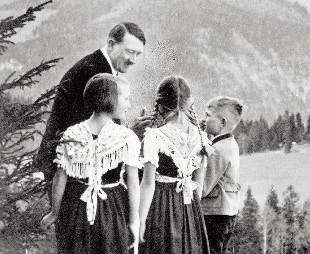 Потомки любвеобильного Гитлера: сколько на самом деле было детей у фюрера