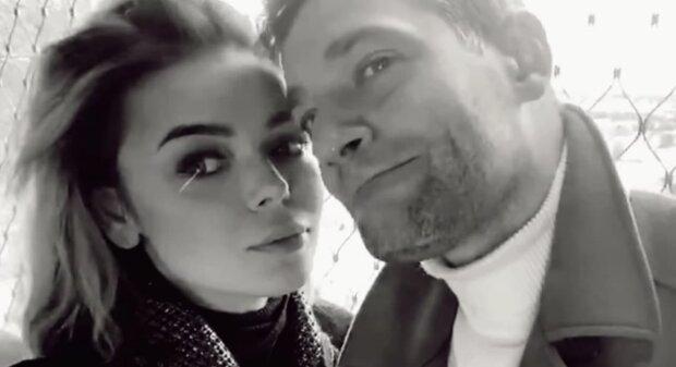 Алина Гросу и Роман Полянский, скриншот с видео