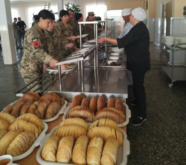 У ВСУ показали меню українських захисників: скільки м'яса їдять солдати