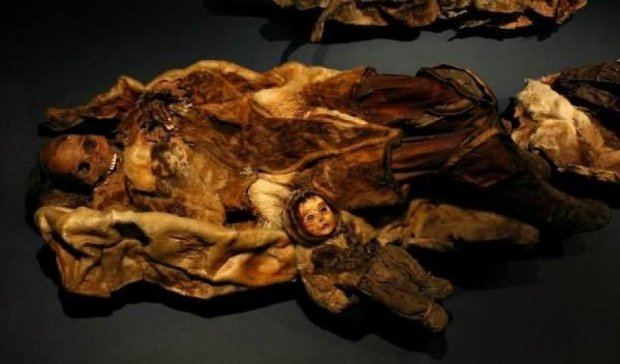В Гренландии охотники нашли 500-летнюю гробницу с мумиями