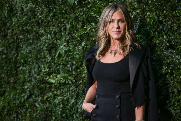 5 голливудских звезд, которых считают красивыми только женщины: мужчины называют их уродинами